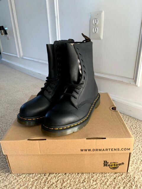 Dr Martens Womens . Black Leather