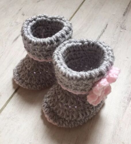 Handmade Crocheted//Knitted Girls Cuffed Booties 0-3 3-6 /& 6-9 Months Pink//Grey