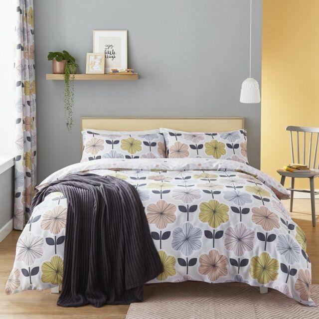 Catherine Lansfield Retro Floral Duvet Quilt Cover Set Pastel Multi Curtains