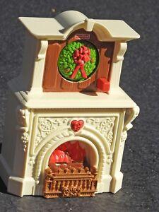 Fisher Price Loving Family Dollhouse FIREPLACE Seasonal Music Sound /& Light Rare