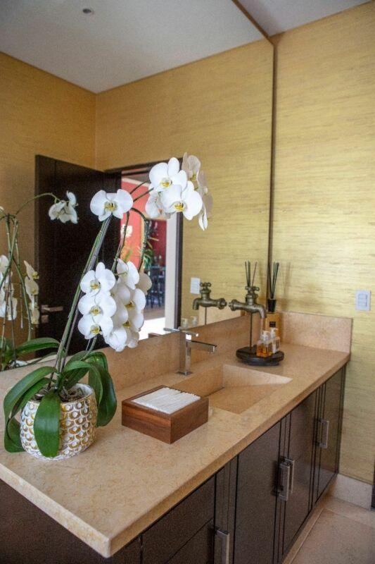 Extraordinaria Casa en Venta / Renta con Opción a compra, C/S Muebles
