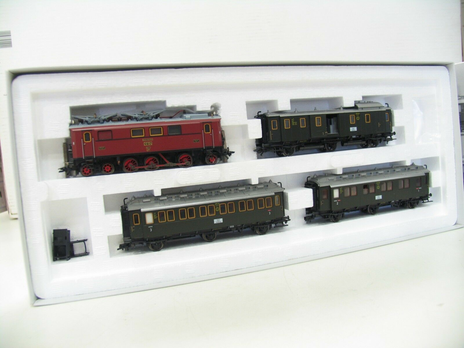 Treno 26537-Set treno della DRG mfx Digital nl373