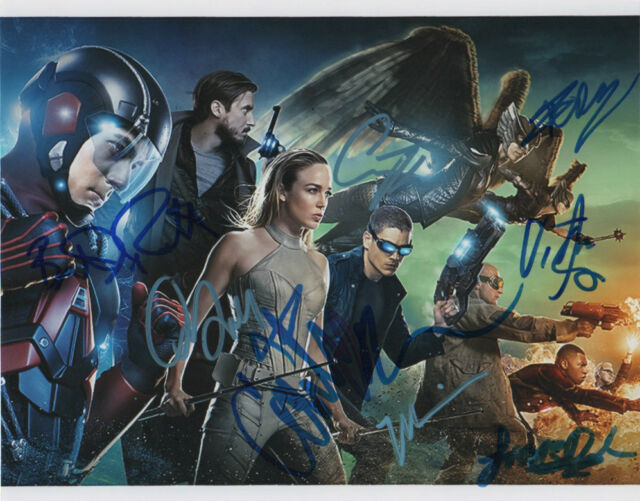 Legends of Tomorrow Season 1 Cast x 9 Autographed Signed 8x10 Photo COA Lotz