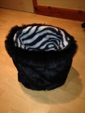 CHIHUAHUA DOG PET BED BLACK FAUX FUR PUPPY POCKET SNUGGLE SACK 🇬🇧🇬🇧