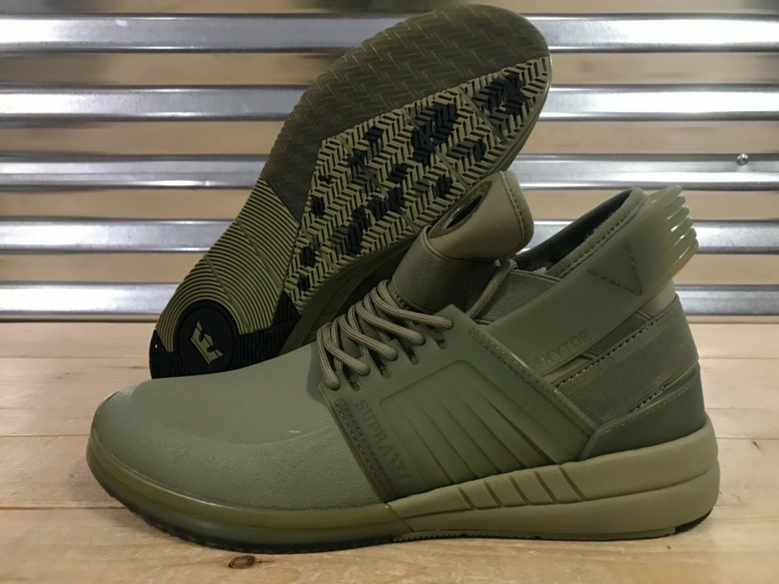 Supra V Skytop Sneakers shoes Mid Olive Green SZ ( 08032-353 ) NEW