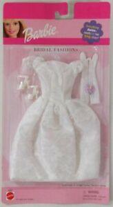 2001-Barbie-Bridal-Fashions-68065-Bridal-Wedding-Ensemble-with-Silver-Accents