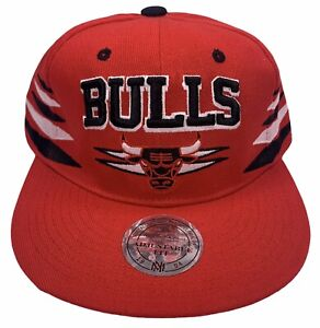 Chicago Bulls Mitchell & Ness NBA Basketball Snapback Hat Red NEW