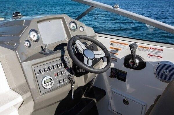 Bayliner 842 Cuddy med MerCruiser 6.2L MPI..., Motorbåd,