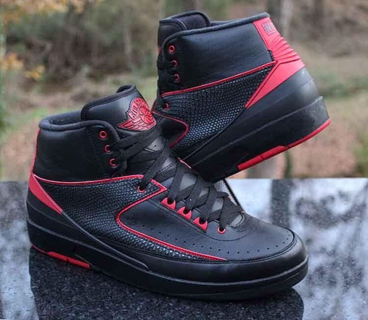 Air Jordan 2 2 2 Retro Alternate 87 nero Varsity rosso 834274-001 Uomo Dimensione 12 8ff4d0
