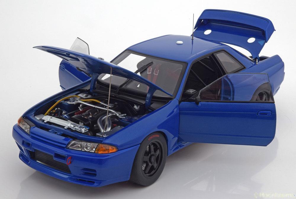 risparmia il 60% di sconto e la spedizione veloce in tutto il mondo NISSAN cieloLINE GT-R R32 BAYSIDE blu PLAIN corpo 1992 1992 1992 AUTOART 89281 1 18 1 18  le migliori marche vendono a buon mercato