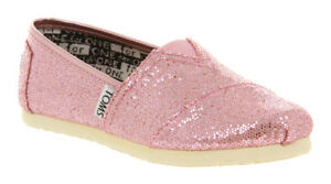 83aec63897d Image is loading Toms-Classic-Youth-Rose-Pink-Glitter-Flats-Slip-