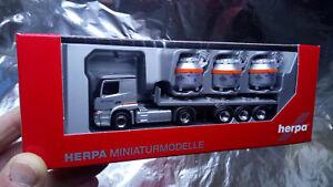 Herpa-307246-Mercedes-Benz-Actros-Classicspace-2-3-Aluminum-Pot-Semitrailer