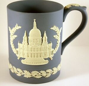 1972-WEDGWOOD-JASPERWARE-LAVENDER-CHRISTMAS-1972-MUG-ST-PAUL-039-S-CATHEDRAL