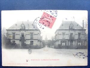 52 ,eurville ,la place ,la mairie et le presbytère en 1907