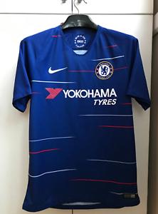 NIKE 2018-2019 Chelsea Home Football Shirt