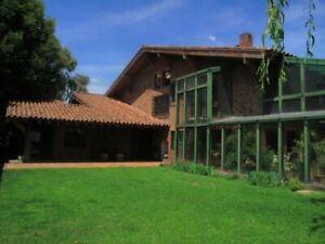 Amplia casa en venta en el fraccionamiento La Asuncion en Metepec Estado de Mexico