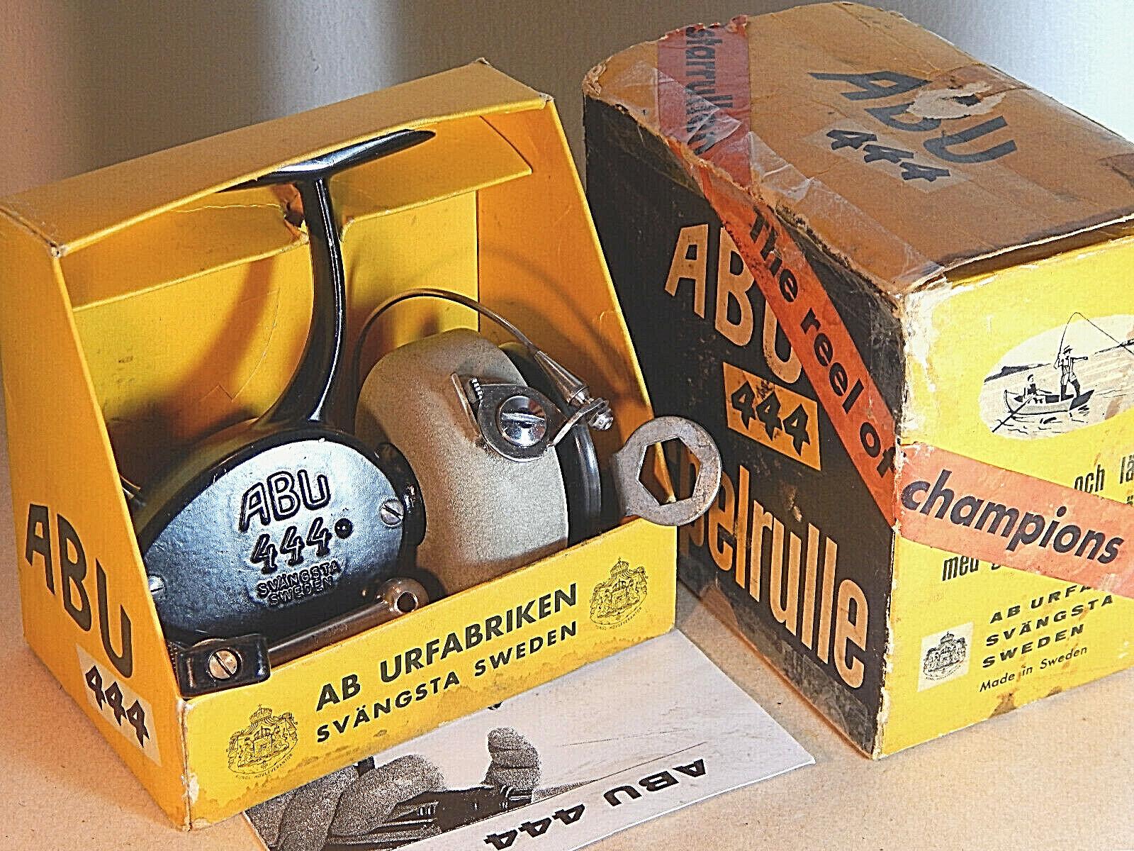 Los primeros primeros primeros años 60 Vintage Abu 444 Negro Spinning Carretes En Caja Original-Usado Excelente e729ab