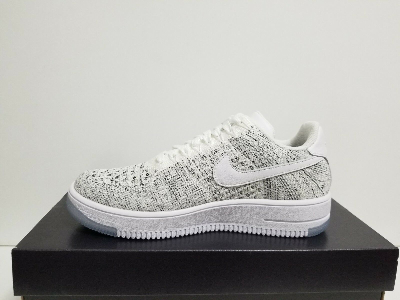 newest collection 15d24 dad2a WMNS NIKE AIR FORCE 1 FLYKNIT LOW WHITE/WHITE-BLACK 820256 103