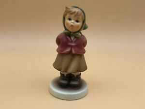 Hummel-Figurine-2181-Sings-With-3-7-8in-1-Choice-Top-Condition