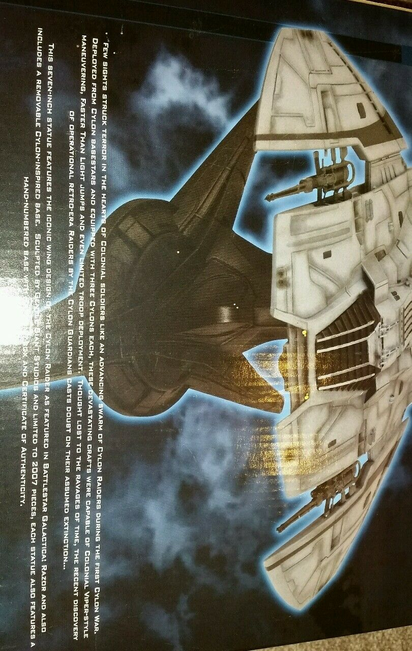 BATTLESTAR GALACTICA RAZOR CYLON RAIDER RAIDER RAIDER DIAMOND SELECT RESIN STATUE 637 OF 2007 5f3ac2