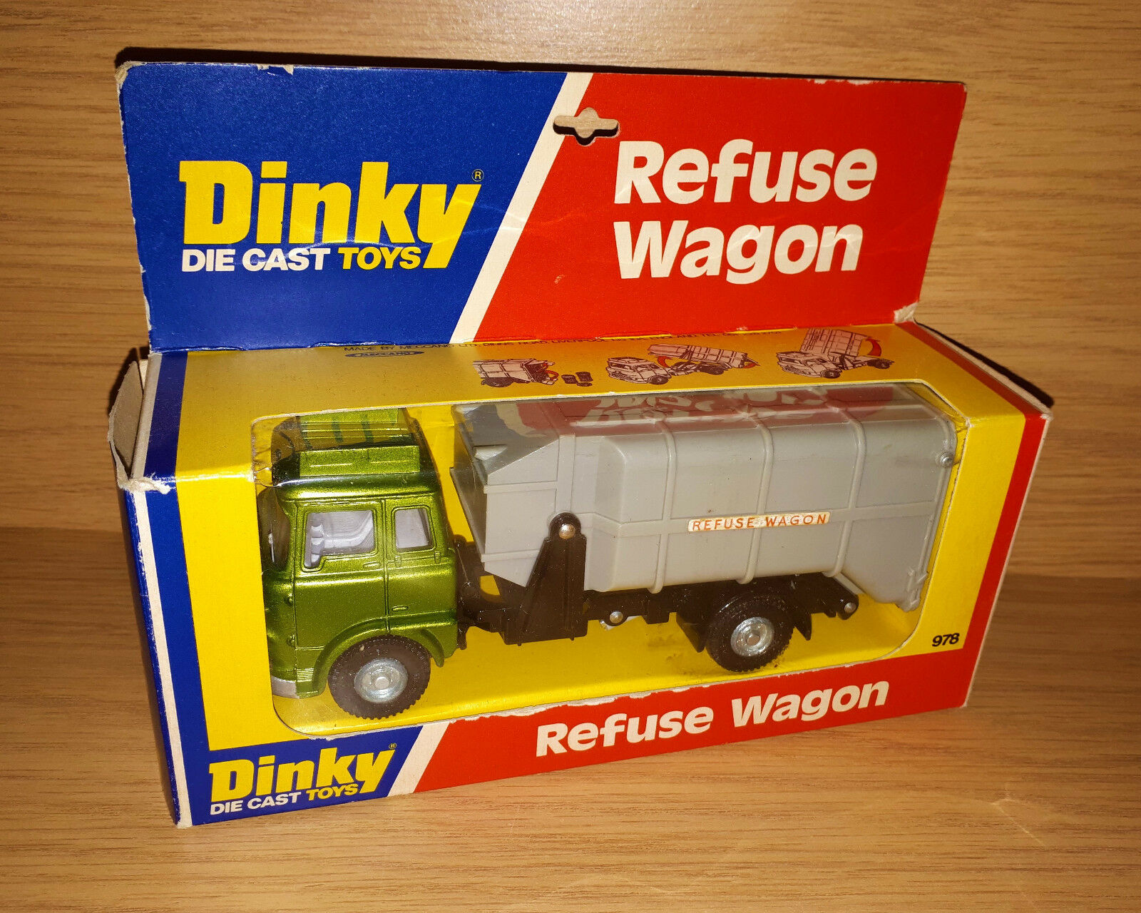 DINKY TOYS Nº 978 REFUSE WAGON Comme neuf IN BOX 1976 Edition