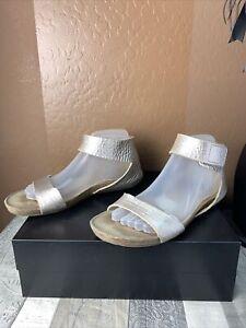 Pedro Garcia 8.5 / 9 Metallic Rose Gold Leather hook loop Closed Heel Sandals
