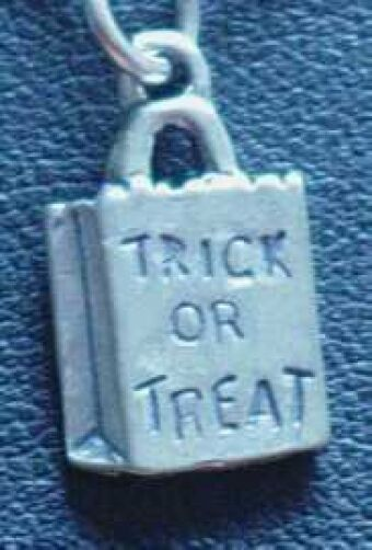 LOOK Halloween Trick or Treat Candy bag charm Sterling silver .925 Jewelry
