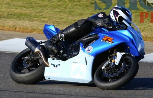 Suzuki GSXR 600//750 2011 and Up   Racing Captive Rear Wheel Spacers