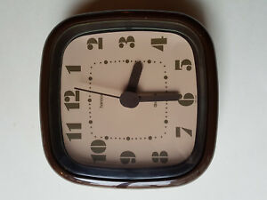 Pendule Années 70 - Vintage Hanson Quartz - Fontionne Parfaitement (avec Pile) éLéGant Et Gracieux