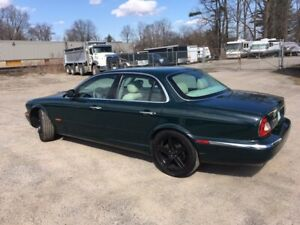 2004 JAGUAR XJ 8 BRITISH RACING GEEN
