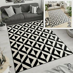 Modern Black Grey Rug Geometric Pattern