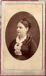 CDV-photo-Damenportrait-Gand-1880er