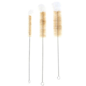 A-set-of-cleaning-brushes-for-cleaning-sinks-RK