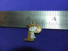 vtg snoopy pendant charm letter initial P brown 1970s peanuts schulz cartoon