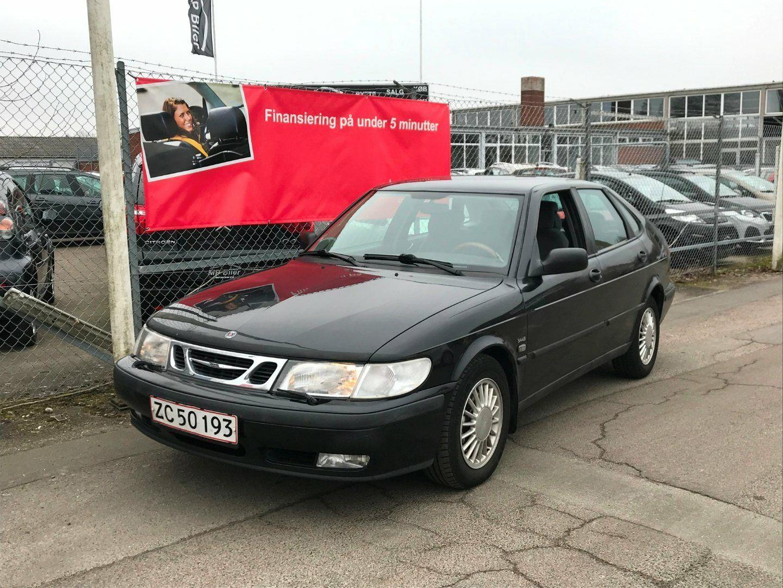 Saab 9-3 2,3i SE 5d