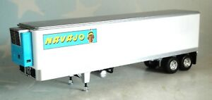 FIRST GEAR 40/' WHITE VINTAGE VAN TRAILER ONLY 1//64 DCP 60-0437 T
