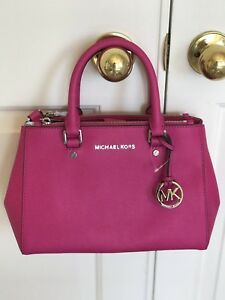 3bd5a0c3fda1 NWT Michael Kors Sutton Small Raspberry Pink/Gold Saffiano Leather ...