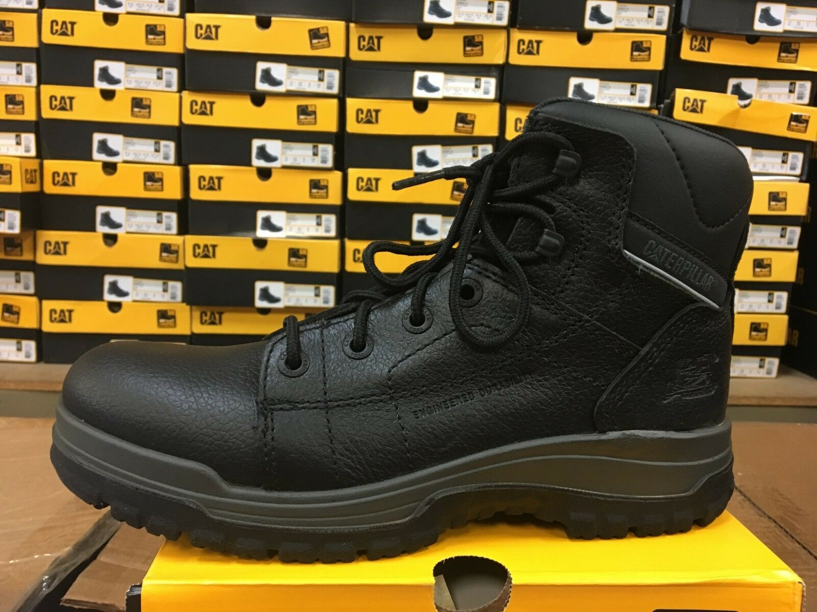 Caterpillar Dimen Hi  Mid Cut Boot Black leather  P73743  Slip Resistant   LO11