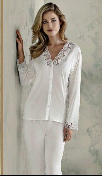 Ladies Nightwear pajama set 722 Medium