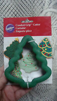 WILTON CHRISTMAS TREE COMFORT GRIP COOKIE CUTTER NEW ON CARD