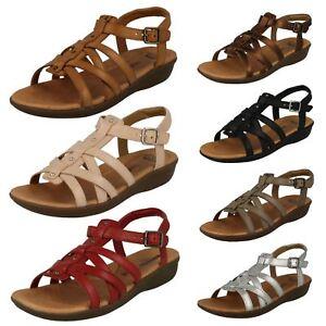 0c1cb1b121b0 Image is loading Womens-Clarks-Gladiator-Style-Sandals-Manilla-Bonita