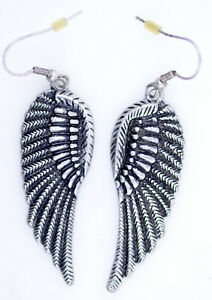 vintage-retro-style-antique-silver-coloured-angel-wing-wings-earrings