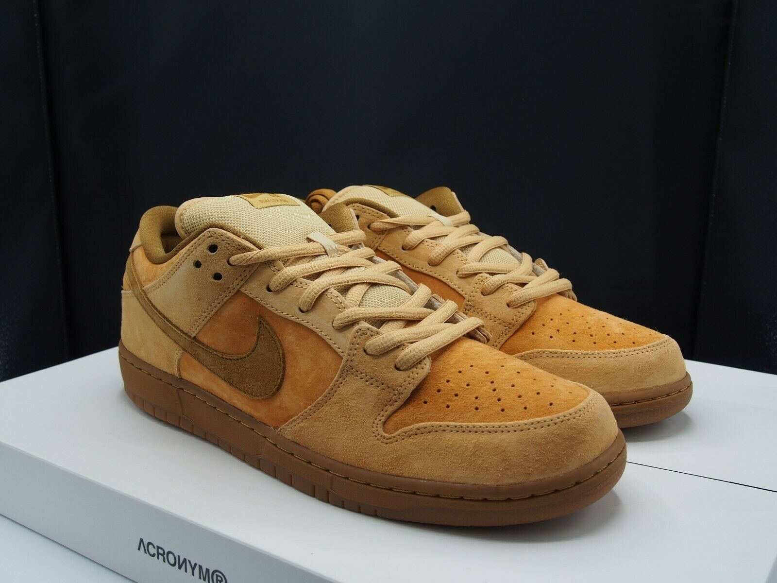 uk availability 609f7 c83ec Nike SB Dunk Low TRD QS 883232-700 Reverse Reese Forbes Wheat Dune DS Size  13