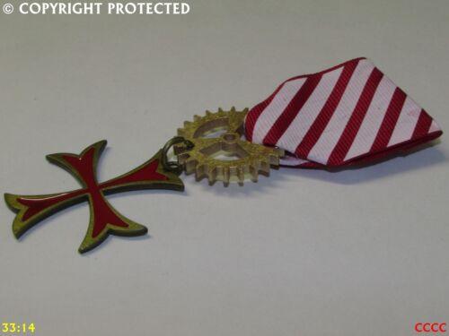Steampunk Medal pindrape badge brooch knights templar cross star red white #SY48