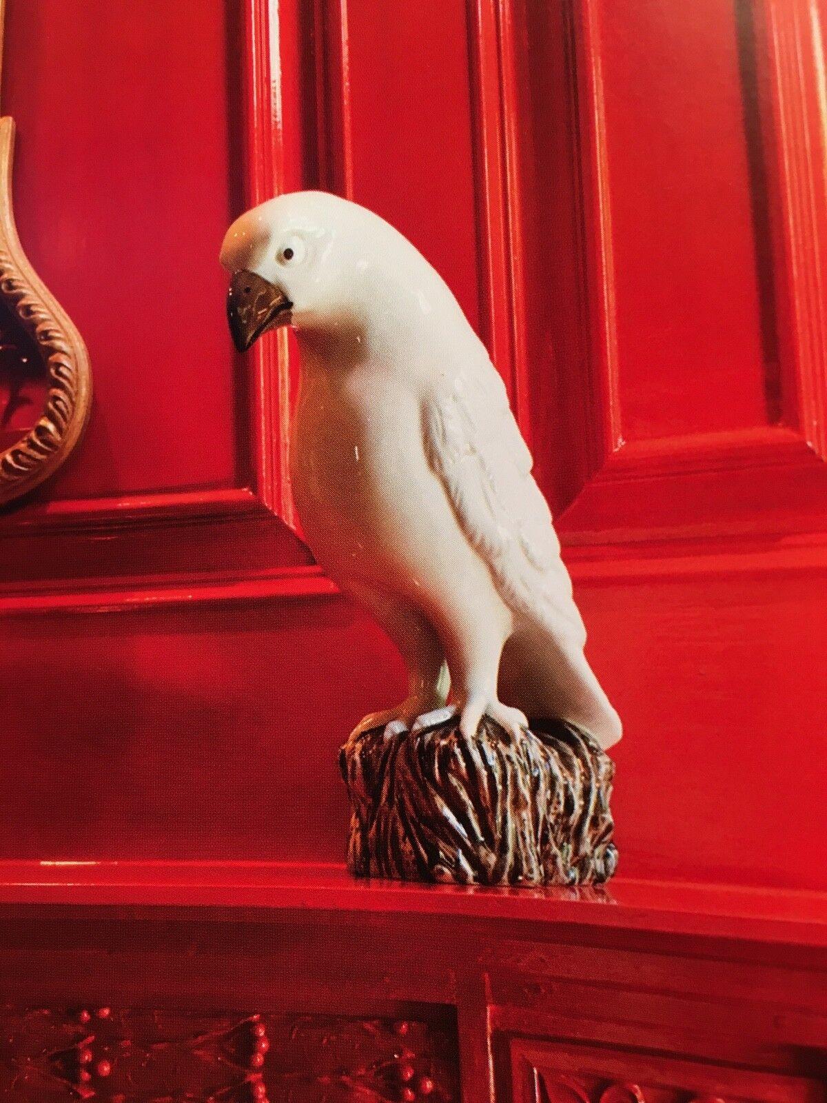 Blanc Hawk-porcelaine-montré dans  Great american maisons book