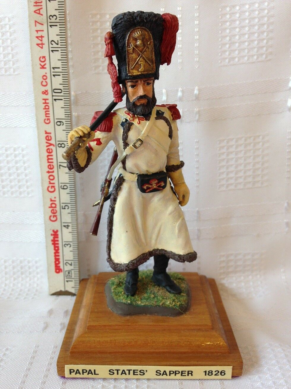 PAPAL STATE SAPPER - 1826. 110mm Die-Cast Figure. FREE UK POSTAGE.