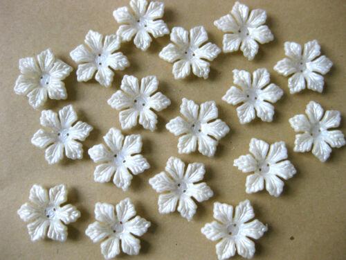 30 flores u hojas a25 aplicaciones diferentes formas crema 13 hasta 24mm