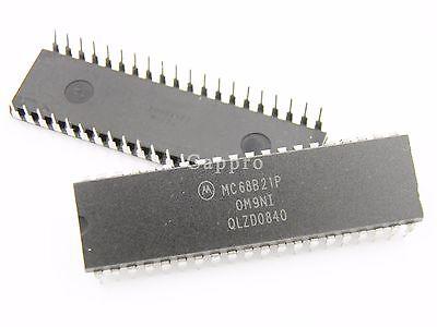 4pcs MC68B21P Peripheral Interface IC MC68B21 68B21