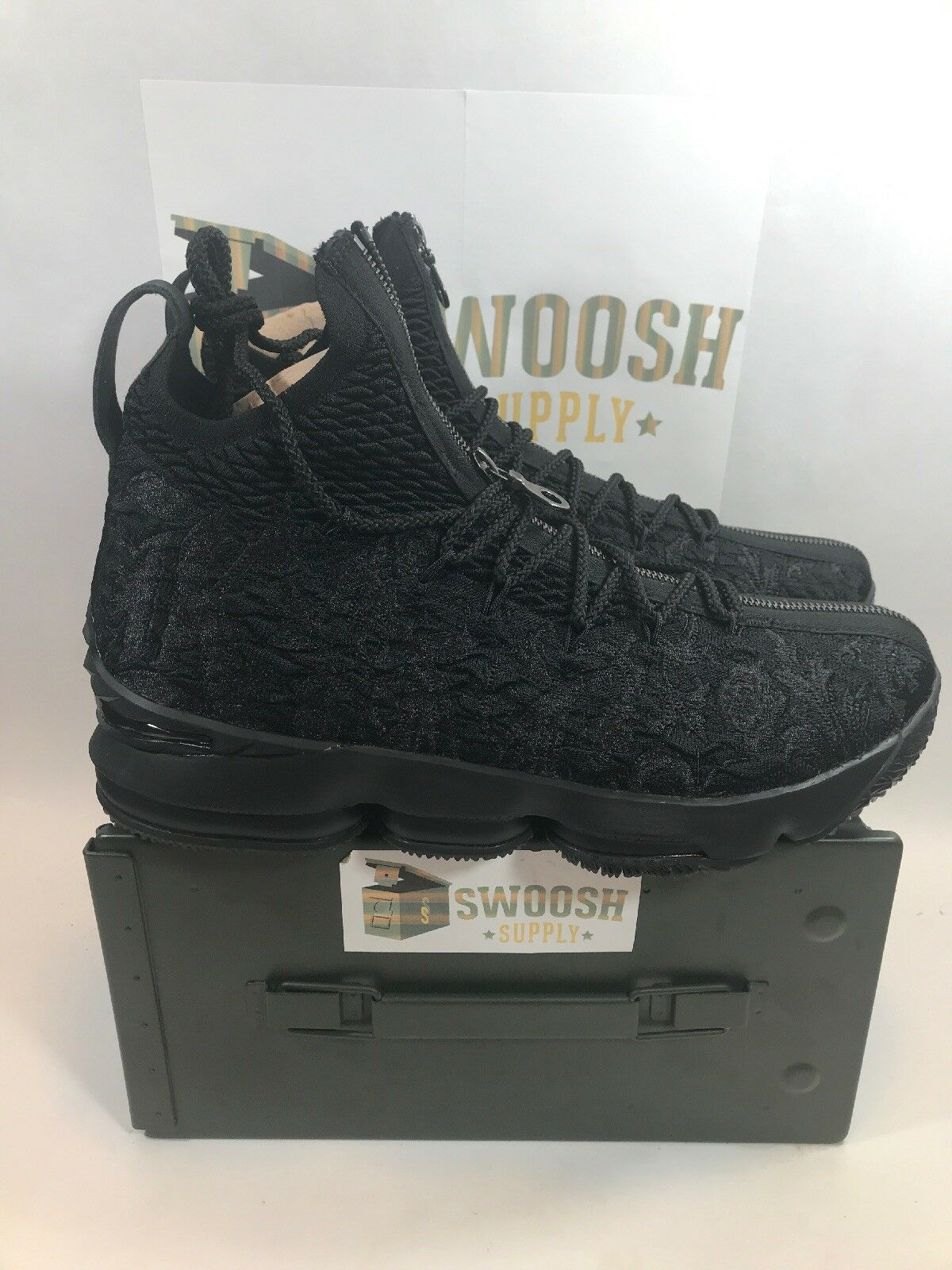 Nike LeBron 15 XV Suit Kith Ronnie Fieg Perf Suit XV of Armor Black Size 11.5 AJ3936-001 360297