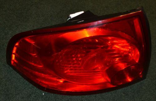 USED 04 05 06 NISSAN SENTRA TAILLIGHT ASSEMBLY OEM LEFT DRIVERS SIDE